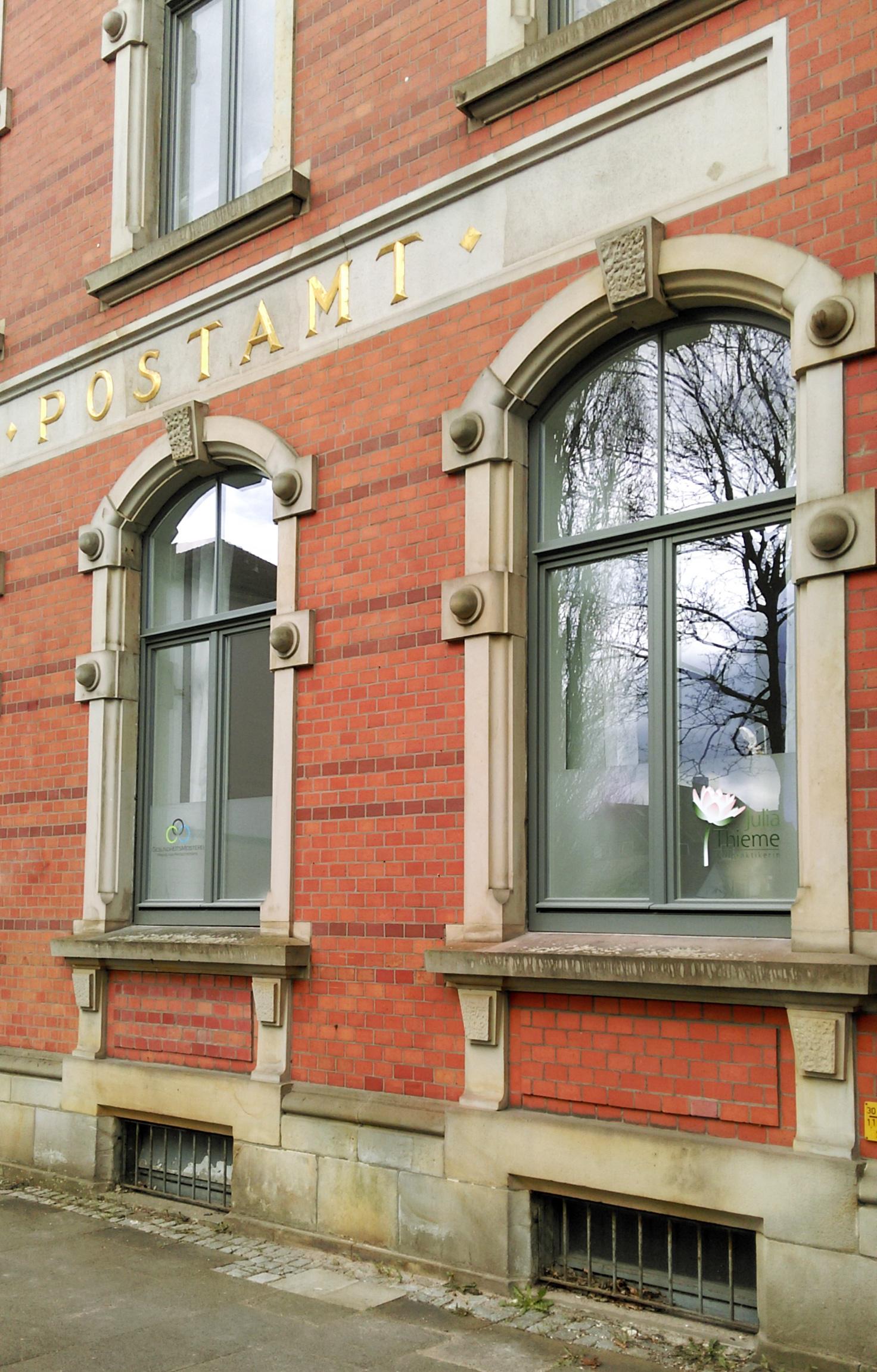 Gebäude von außen - alte Post